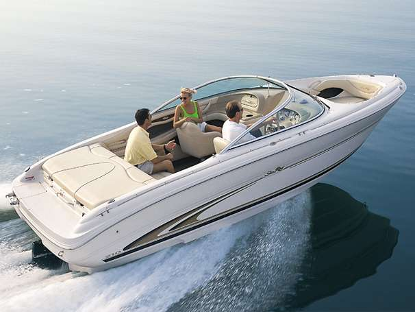 Sea Ray 210 Bow Rider Manufacturer Provided Image