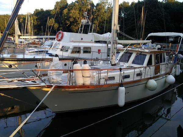 Nauticat 36