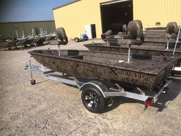 Xpress Boats HD15DBX