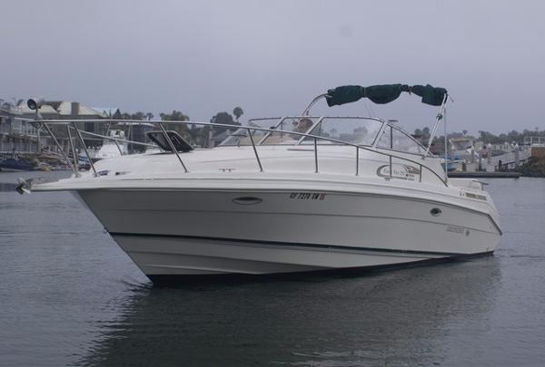 Rinker 280 Fiesta Vee Port Profile