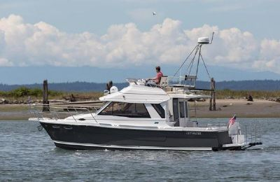 Cutwater C-30 CB Luxury Edition 2021 Cutwater 30 Command Bridge