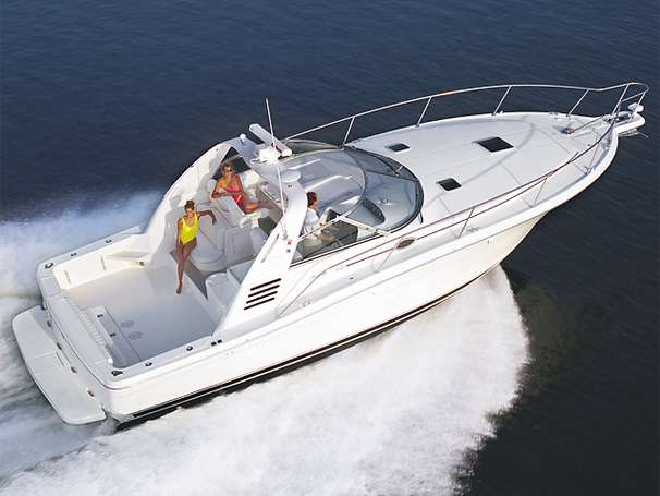 Sea Ray 370 Express Cruiser Manufacturer Provided Image