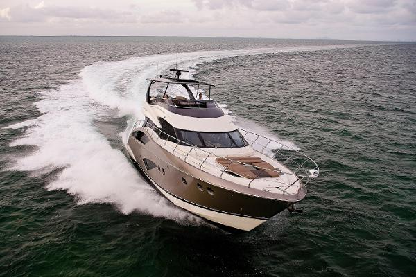 Marquis 660 Sport Yacht (Factory Order)