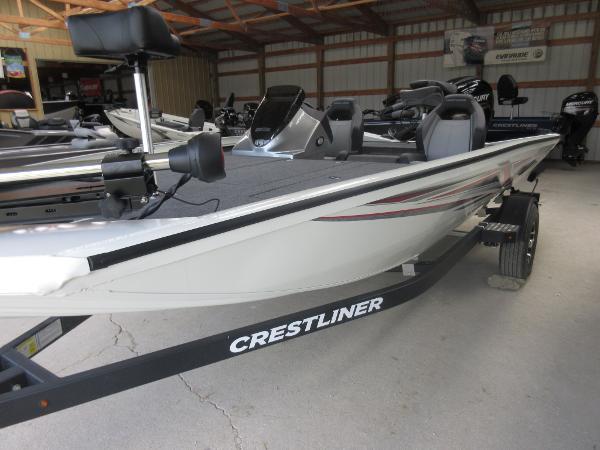 Crestliner PT 18