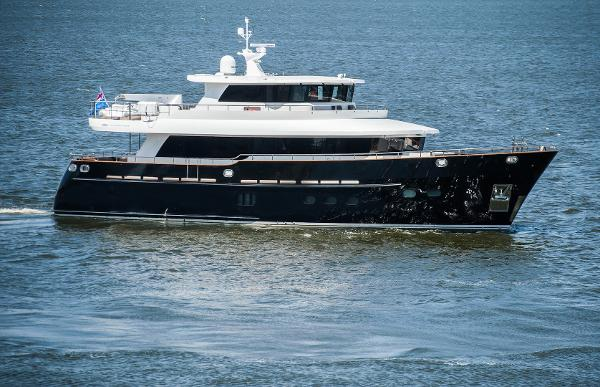 Fifth Ocean Yachts 24m