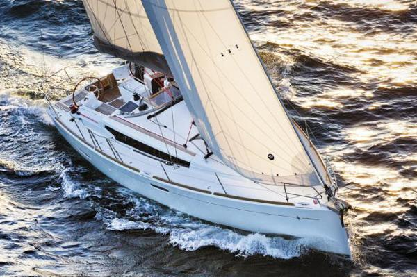 Jeanneau Sun Odyssey 389 Manufacturer Provided Image