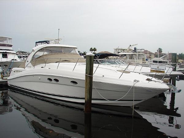 39 Sea Ray  390 Sundancer Profile
