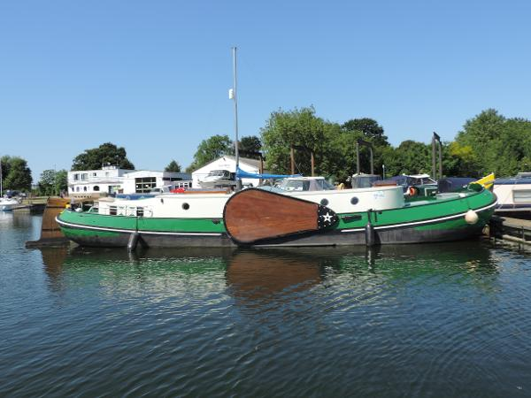 Custom Dutch Barge