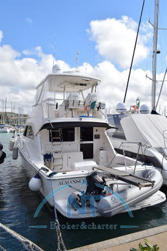 Riviera 47 G2 FLYBRIDGE DSC_0003