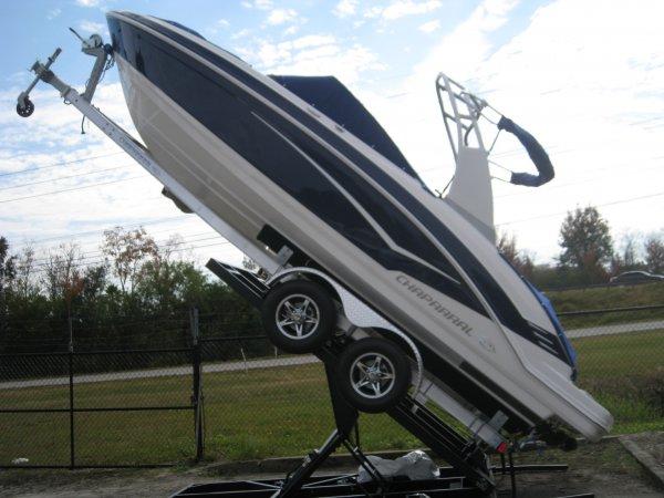 Chaparral 223VR Vortex Jet Boat