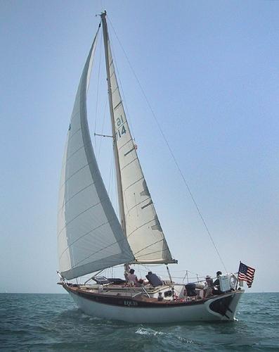 Ericson Cruising 36C Sailing on Equis