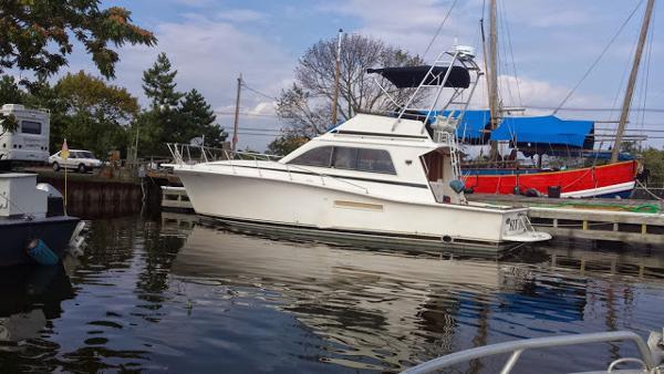 Pacemaker 37 Sportfisherman Diesels