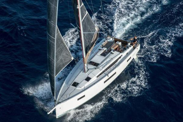Jeanneau Sun Odyssey 410 Manufacturer Provided Image