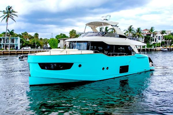 Absolute 58 Navetta Port View