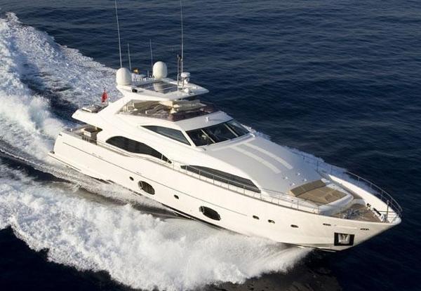 Ferretti Yachts Custom Line 97