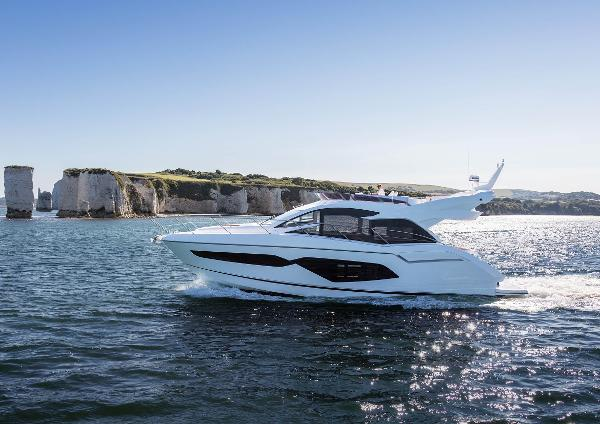Sunseeker Manhattan 52 Sunseeker Manhattan 52 (Similar Vessel)