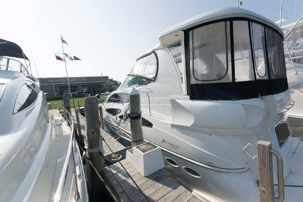 Cruisers 455 Express Motoryacht