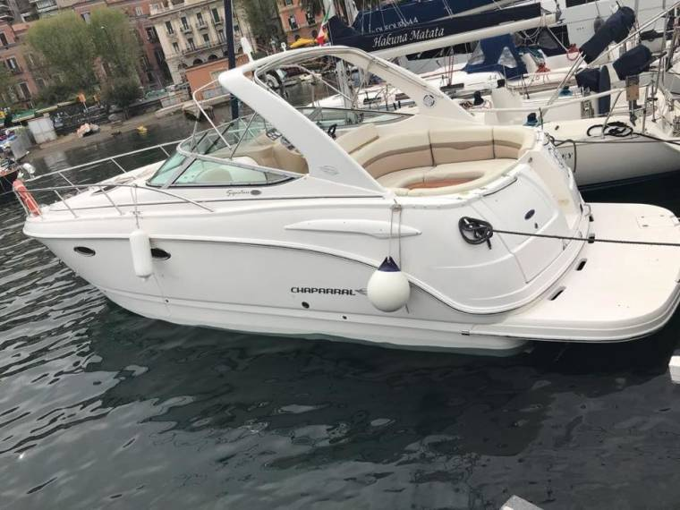 Chaparral Boats Chaparral Boats Signature 330