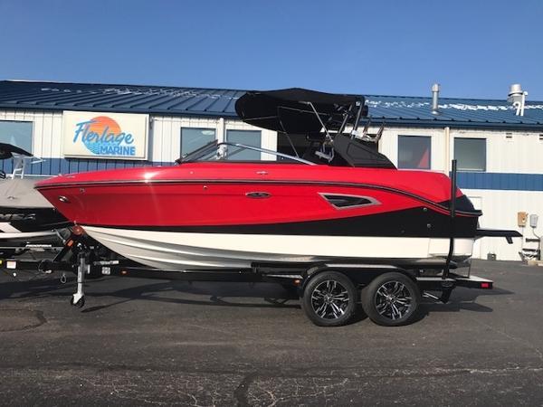 Sea Ray 230SLX-W