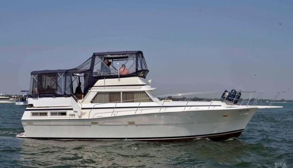 1980 viking 43 double cabin motor yacht st clair shores