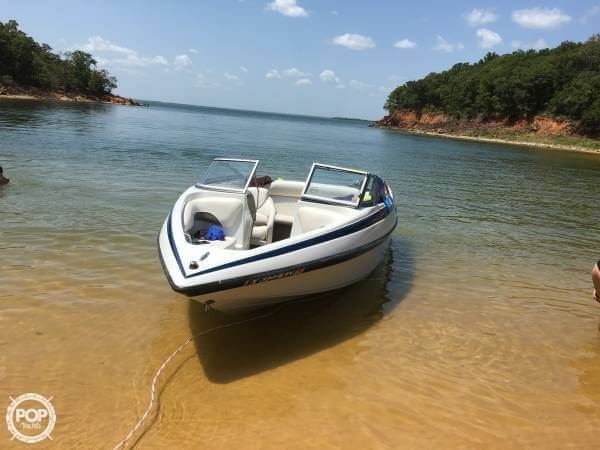 Crownline 180 BR 2009 Crownline 18 for sale in Argyle, TX