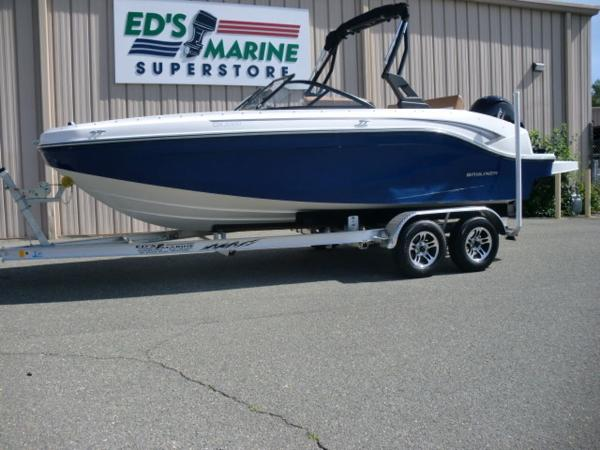 Bayliner DX2000