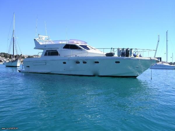 Ferretti Yachts 52