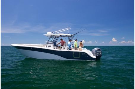Sea Fox 328 Commander