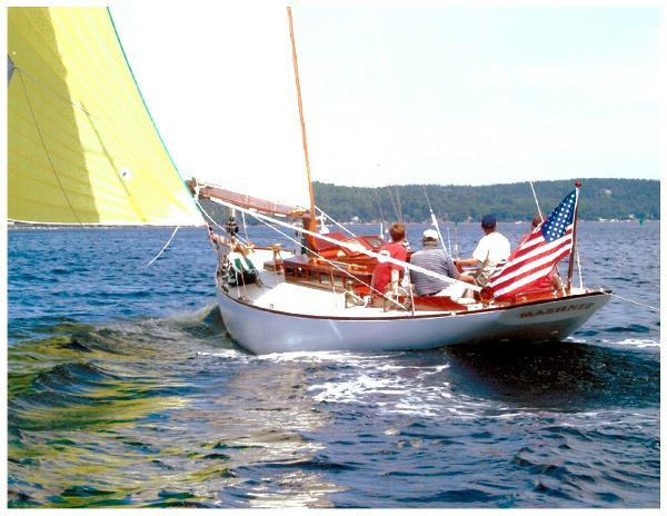 Herreshoff Buzzards Bay 30 TRIMMED AND REACHING