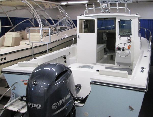 Parker 2120 Sport Cabin