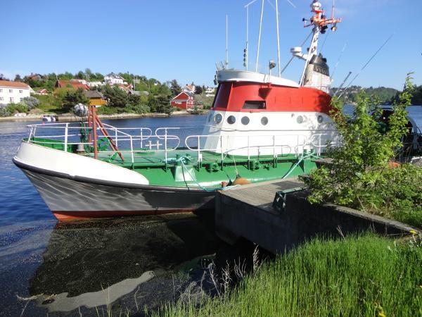 Schweers/Bardenfleth Rerightable SAR vessel
