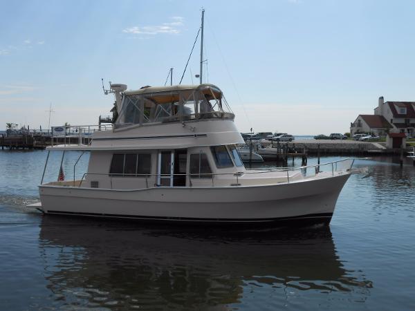 Mainship 400 Trawler Mainship 400
