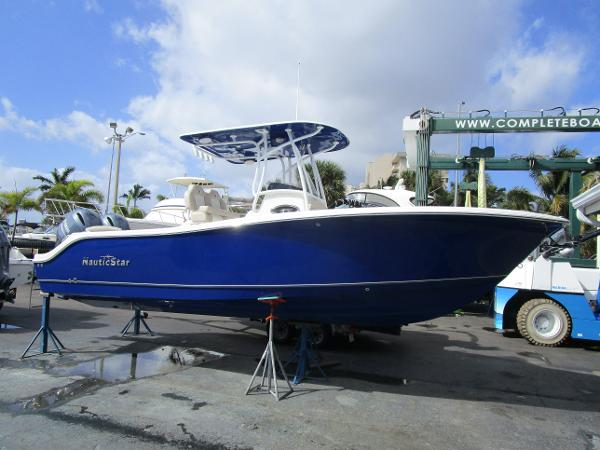 Nautic Star 2602 Legacy CC