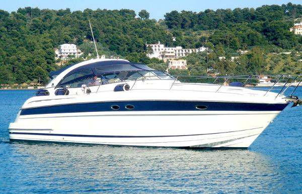 Bavaria 42 ST Bavaria 42 motor yacht for sale in Greece by Alvea Yachts