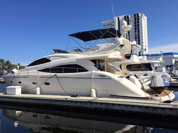 Aicon Yachts 56 Fly Exterior 1
