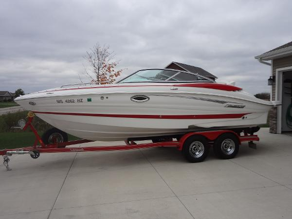 Cruisers Sport Series 238 Bow Rider
