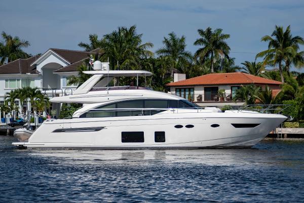 Princess Flybridge 68 Motor Yacht
