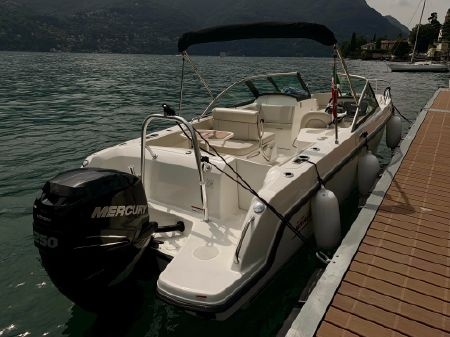 Boston Whaler 230 Vantage boats for sale - boats com