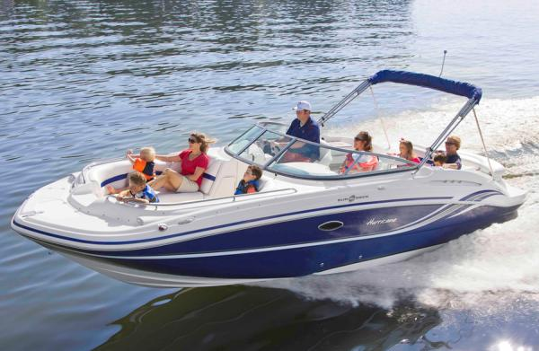 Hurricane SunDeck 2600 IO Manufacturer Provided Image: Manufacturer Provided Image