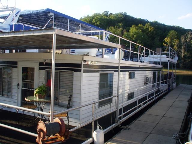 Stevens 16 x 60 Houseboat