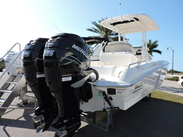Boston Whaler 270 DAUTLESS
