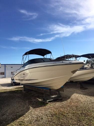 Sea Ray 250 Select