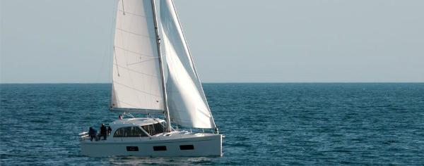 Albatross 42 Sailing