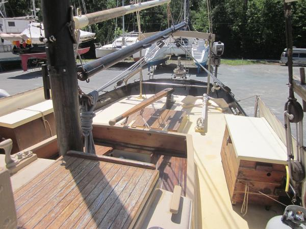 Steel Gaff-rigged Ketch - Cockpit and aft deck