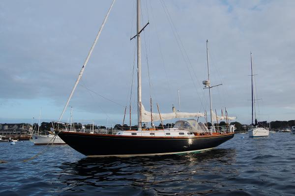 Hinckley Bermuda 40 Yawl