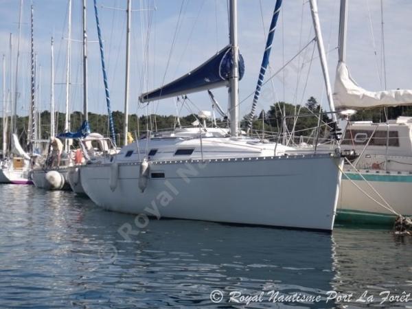 Beneteau Oceanis 311 BENETEAU OCEANIS 311 DL