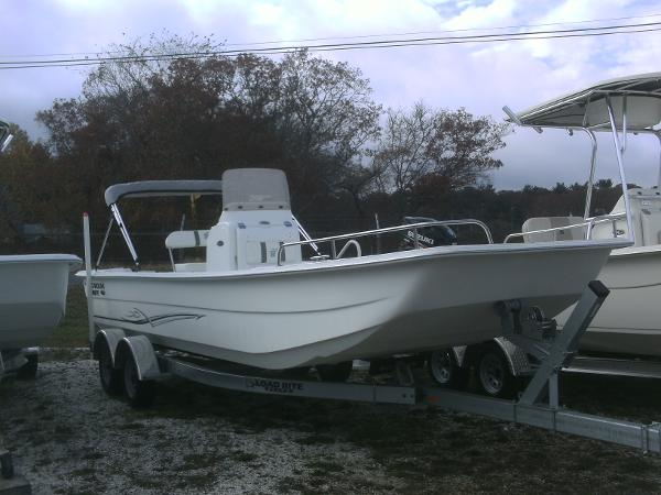 Carolina Skiff 2480 CC