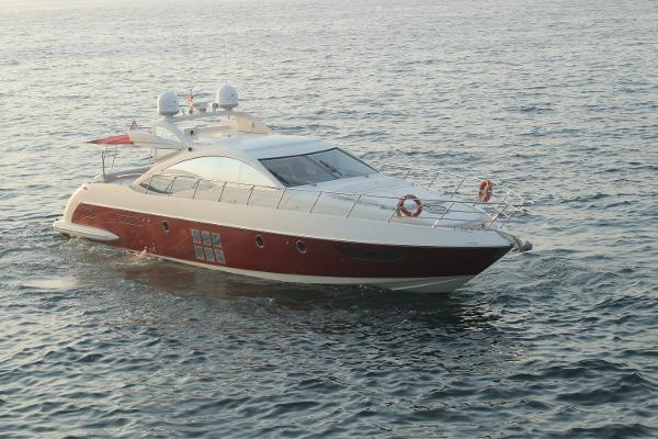 Azimut 62S