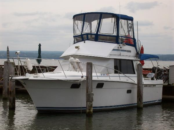 Used boats for sale in waterloo new york for 41 ft mainship grand salon