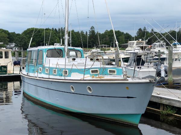 Custom Stuart Yacht Builders Motorsailer Pilothouse